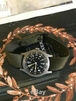 Vietnam War Hamilton US military 1971 men's watch, model GG-W-113 with Hack
